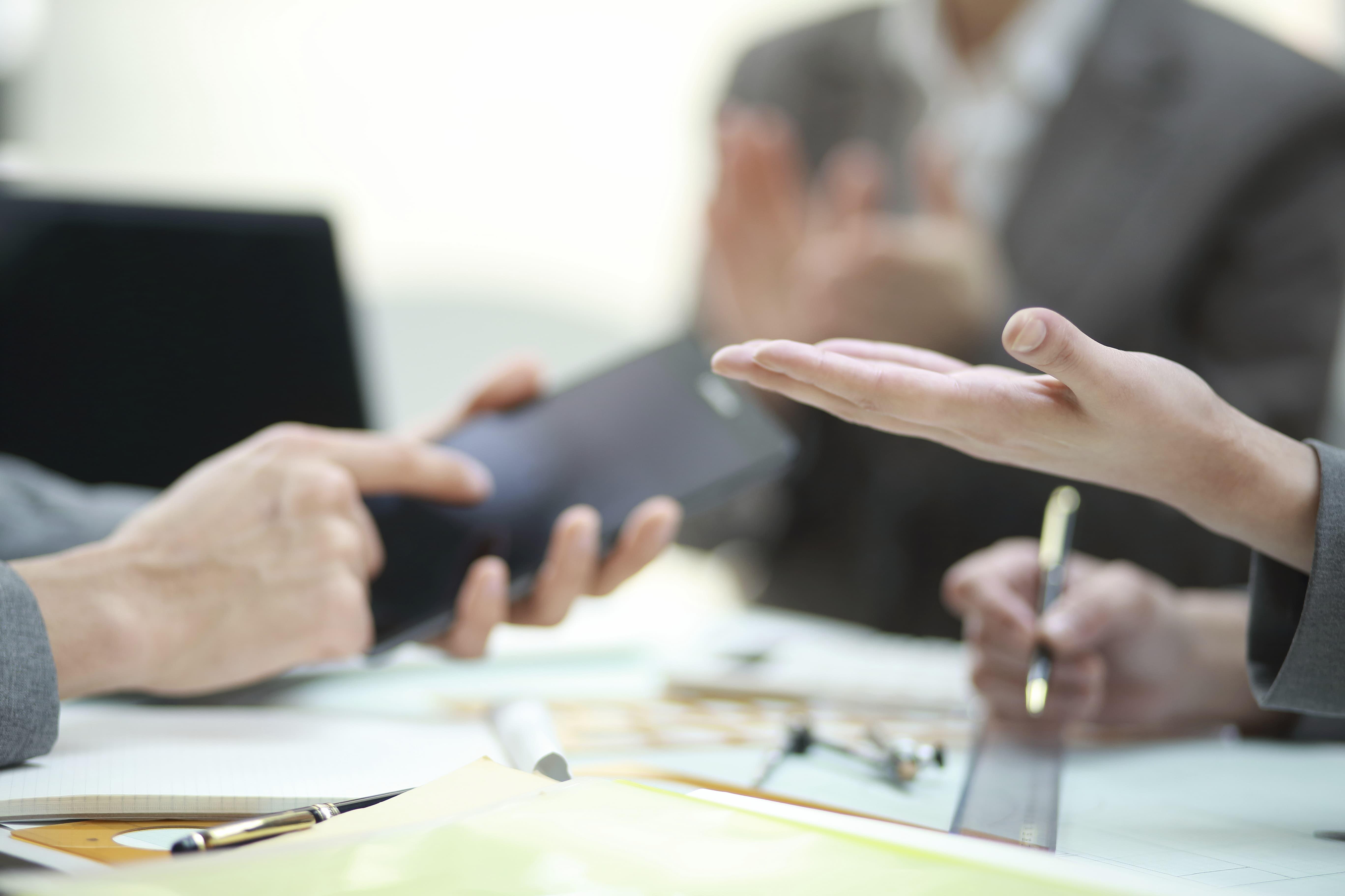 De qual forma a psicologia organizacional pode auxiliar uma empresa?