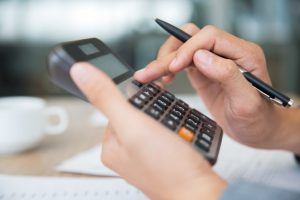 Custos fixos e custos variáveis: saiba a diferença de cada um