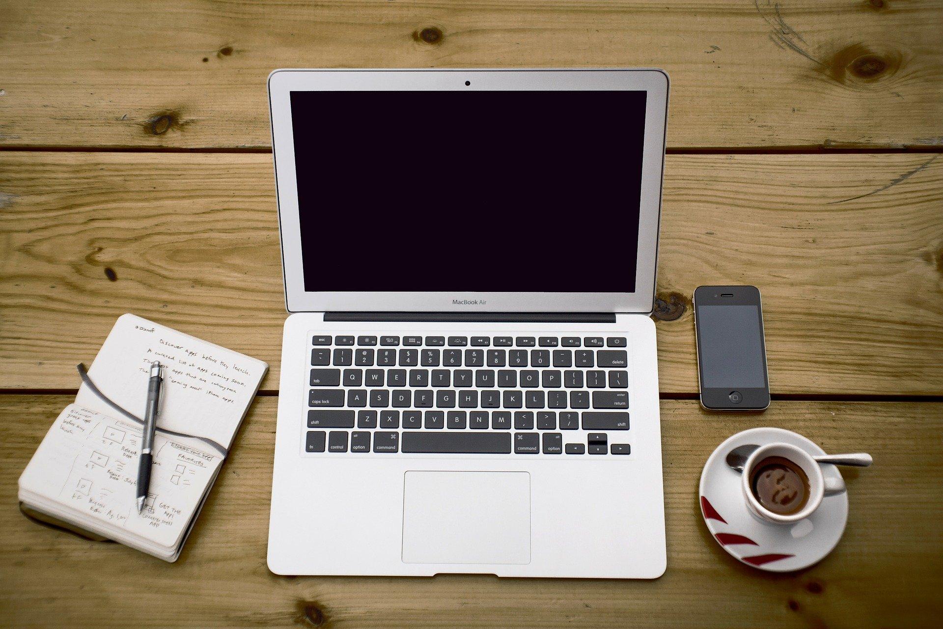 Economia: saiba como comprar um notebook em tempos de crise econômica