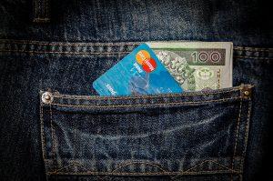 Cartão de crédito sem anuidade e que devolve um valor da suas compras? Sim, é possível!