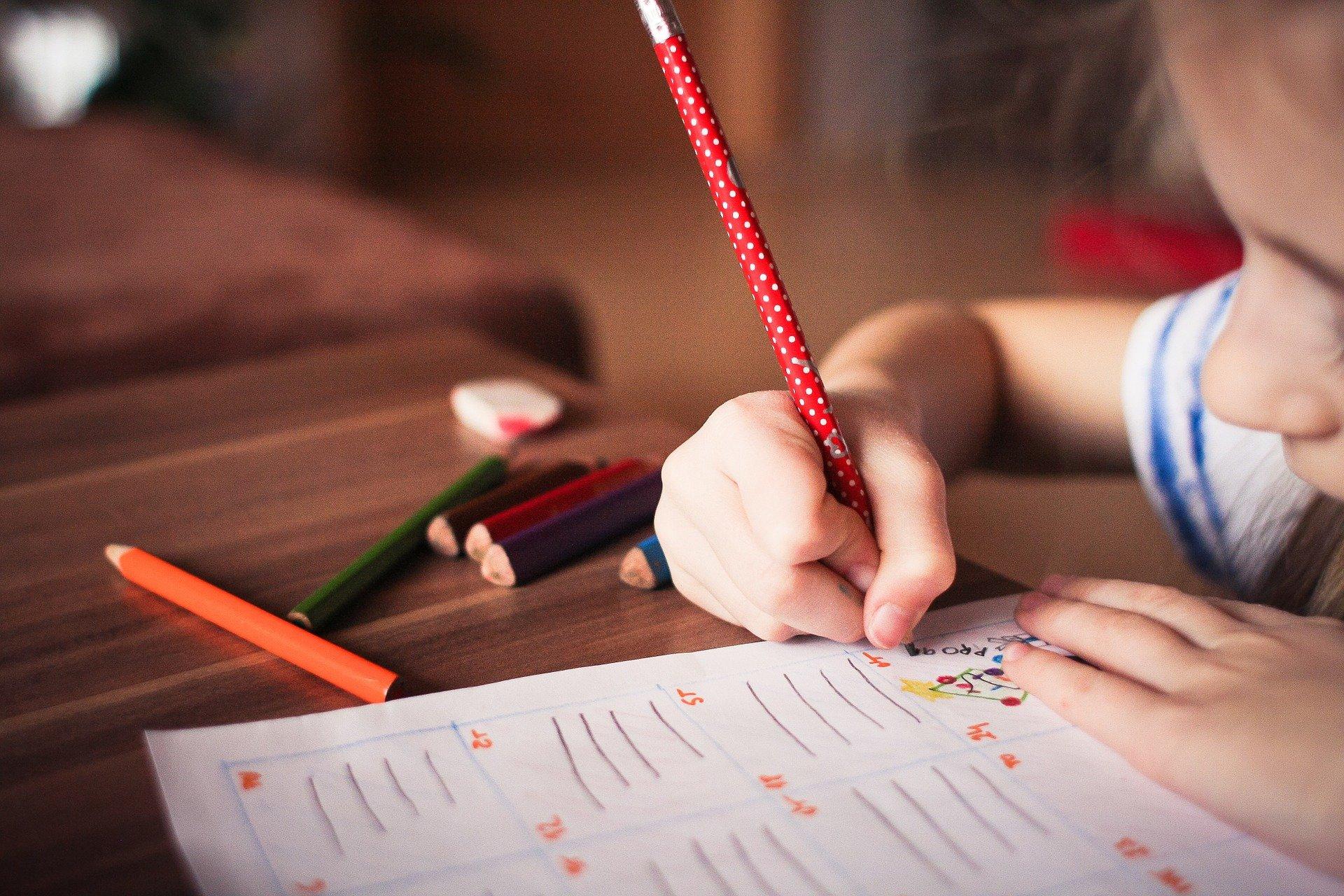 Quais são os gastos que um filho gera? Leia para se planejar!