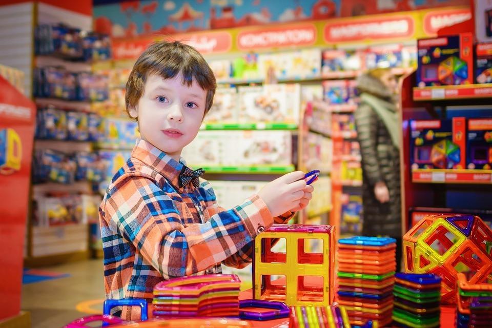 Dia das Crianças: brinquedos, presentes e…formação de novos consumidores?
