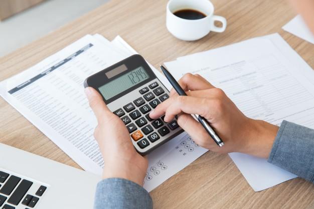 Organização Financeira: 5 Dicas para começar a planejar e metrificar seus gastos.