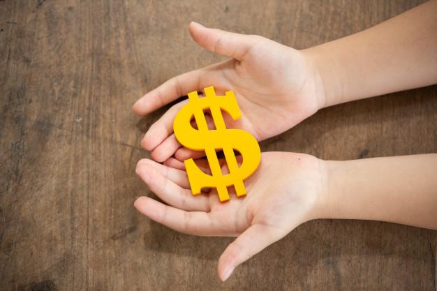 Conheça 5 passos para juntar dinheiro diminuindo pequenos gastos