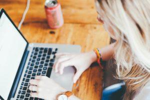 Já pensou montar um negócio digital? O que você precisa para começar?